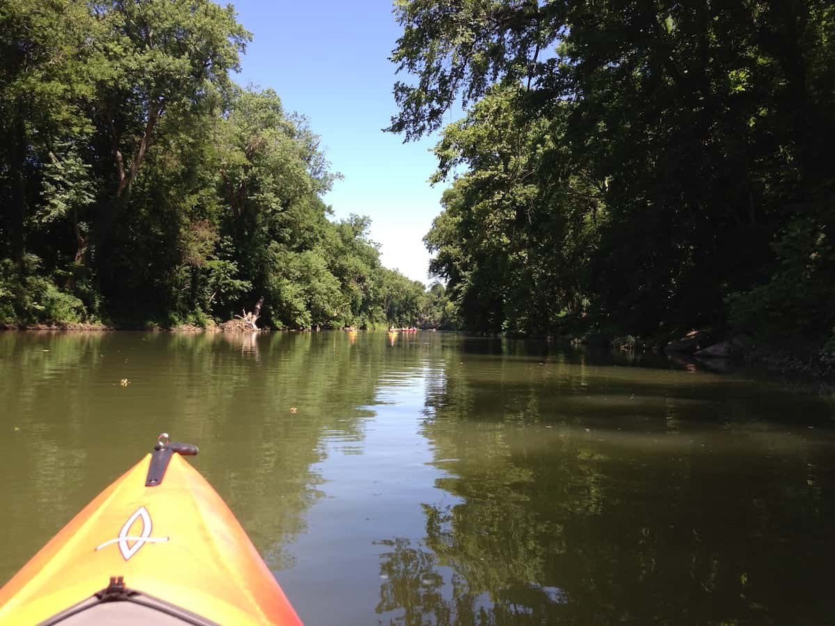 Steve Hood from OtterBee Outdoors in a Dagger kayak on the Harpeth River.