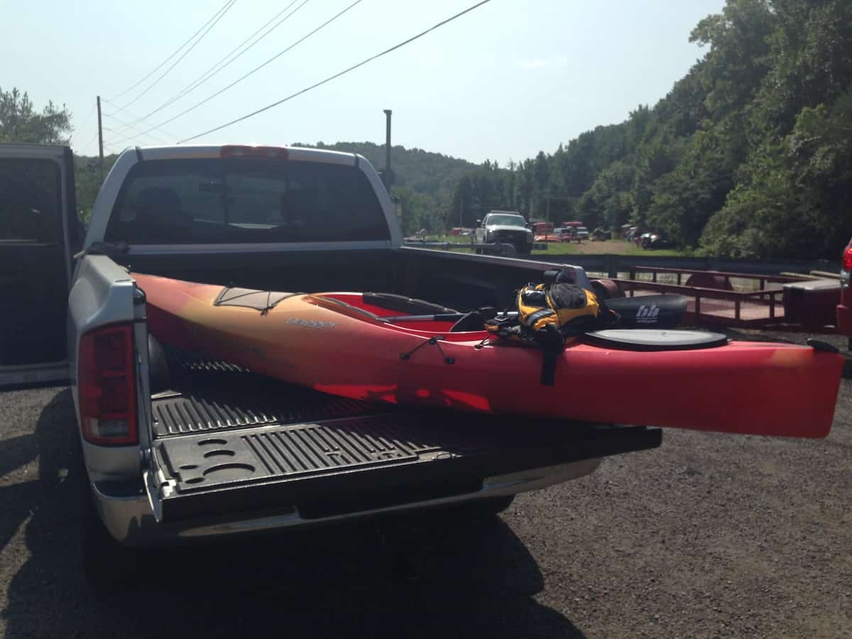 Steve Hood from OtterBee Outdoors with his Dagger kayak at the Harpeth River put-in.